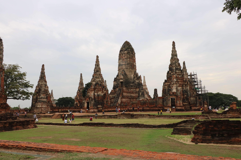 ワットチャイワッタナーラーム(Wat Chaiwatthanaram)/ 王が亡き母を偲び建立した、美しいクメール様式の仏教寺院遺跡