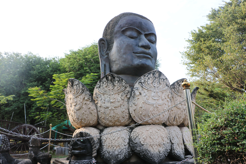 ワット タンミカラート(Wat Thammikarat)/ アユタヤ王朝以前からの長い歴史を持つ仏教寺院
