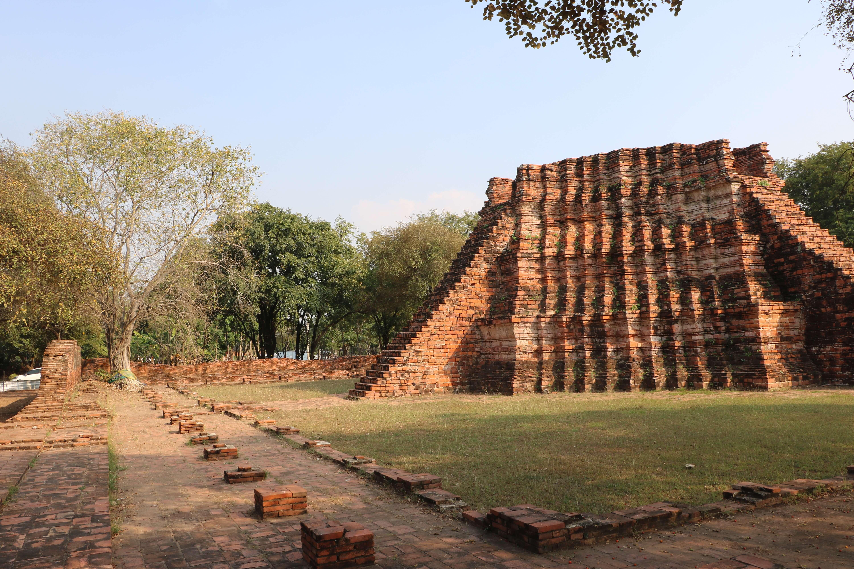 ワット ウォーラポー(Wat Wara Pho)/ アユタヤ王朝のソンタム王を輩出した由緒ある仏教寺院遺跡
