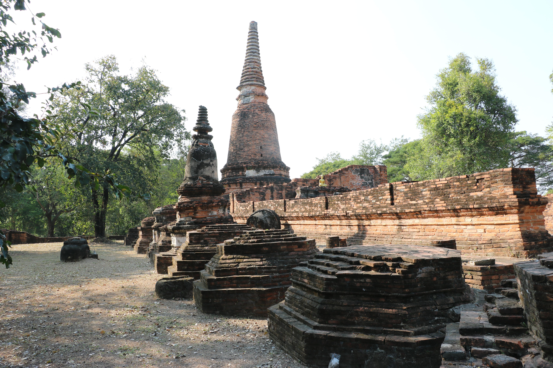 ワットタッカイ(วัดตะไกร・Wat Ta Krai) / アユタヤ古典文学「クンチャーン・クンペーン」に縁のあるといわれる仏教寺院遺跡