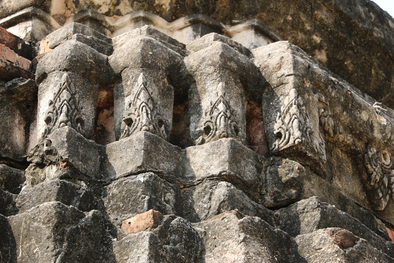 ワットランカーダム(Wat Langkhadum)/ アユタヤ歴史公園内、ワットマハタートの裏側にある寺院遺跡