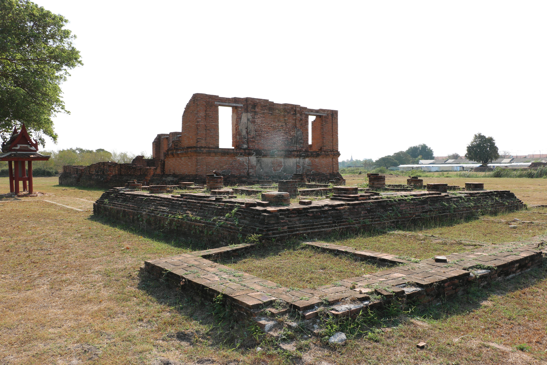 タムナックマヘーヨン / 第33代ターイサ王が寺院改修工事視察の際に住んだといわれる、小さな住居の遺跡