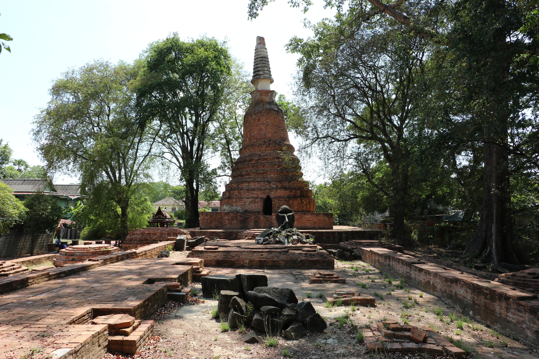 ワットチャイヤプーム(Wat Chaiyaphum)/ アユタヤ旧市街の中心部にありながら、地元の人しか知らない、イケメンがいる仏教寺院遺跡