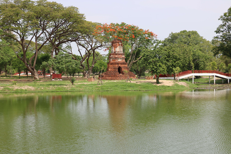 ワット サンカパット(Wat Sangkhopad)/ タイ北部「ラーンナー王朝」の流れを汲むメインチェーディー(仏塔)が残る仏教寺院遺跡