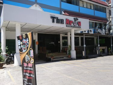 THE AROY(ザ・アロイ)/ アユタヤグランド地区にオープンしたビュッフェのボリュームが、桁違いの韓国風焼き肉店!