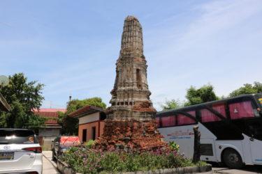 ワットヴィハーントーン(วัดวิหารทอง・Wat Wihan Thong)/ 美しく芸術的な漆喰のレリーフが現存するアユタヤで最も美しいチェーディー(仏塔)
