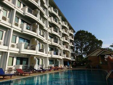 ベストビーチヴィラ(Best Beach Villa)/ タイ東部の欲望の街パタヤ、ビーチまで200mのアットホームで静かな3つ星ホテル