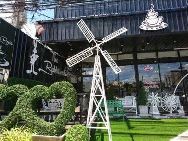 ザ・ラビットカフェ(The Rabbit Cafe)/ アユタヤ旧市街の外、パイリン地区にある、お洒落でリーズナブルなカフェでひと休み