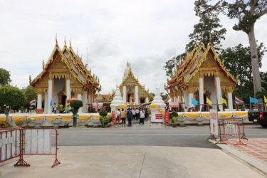 ワットカサッターウォラウィハーン(วัดกษัตราธิราชวรวิหาร・Wat Kasatrathirat)/ アユタヤ王朝滅亡と同時に放棄され、現チャクリー王朝により再興された第3級王室寺院